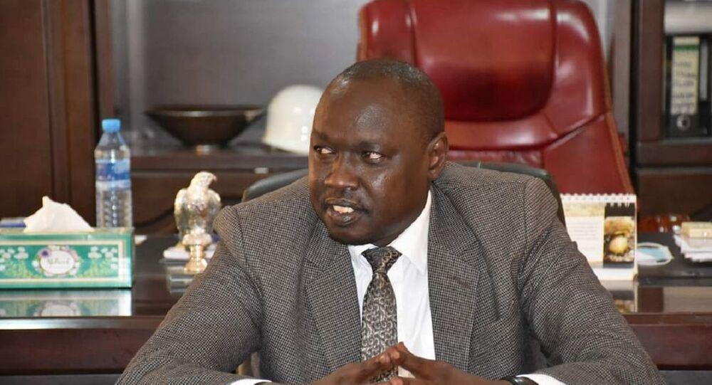 مناوا بيتر قادكوث وزير الري بجنوب السودان