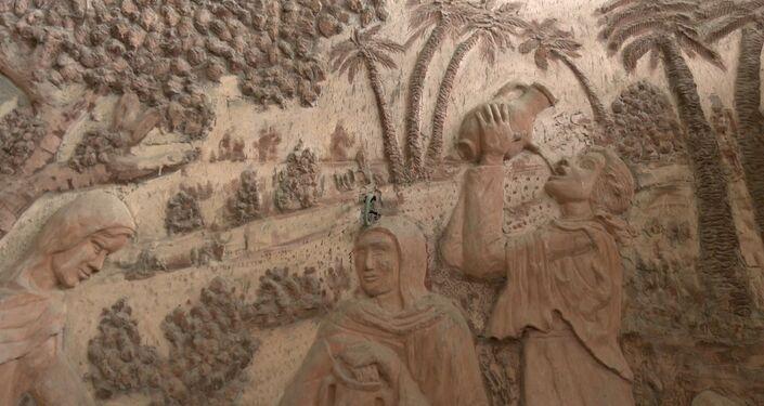 الفنان الفلسطيني بسام الحجار يبدع في تجسيد التراث والأحداث التاريخية بمنحوتات جميلة لتبقى حاضرة في ذاكرة الأجيال، مدينة غزة، قطاع غزة، فلسطين 7 أبريل 2021