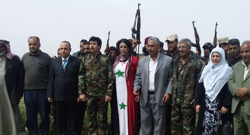 المئات من أبناء القبائل العربية يلتحقون بقوات الدفاع الوطني شرقي سوريا