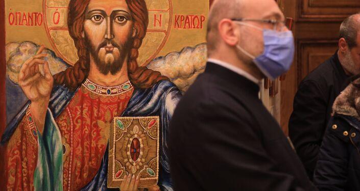 افتتاح معرض الأيقونة الثاني في قاعات الصليب المقدس في دمشق، سوريا 9 أبريل 2021