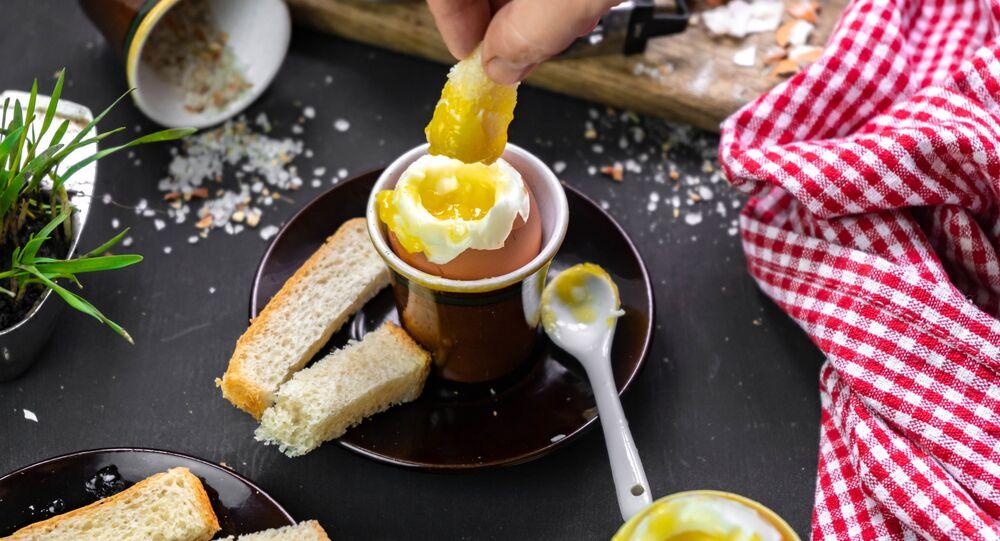 بيض مسلوق