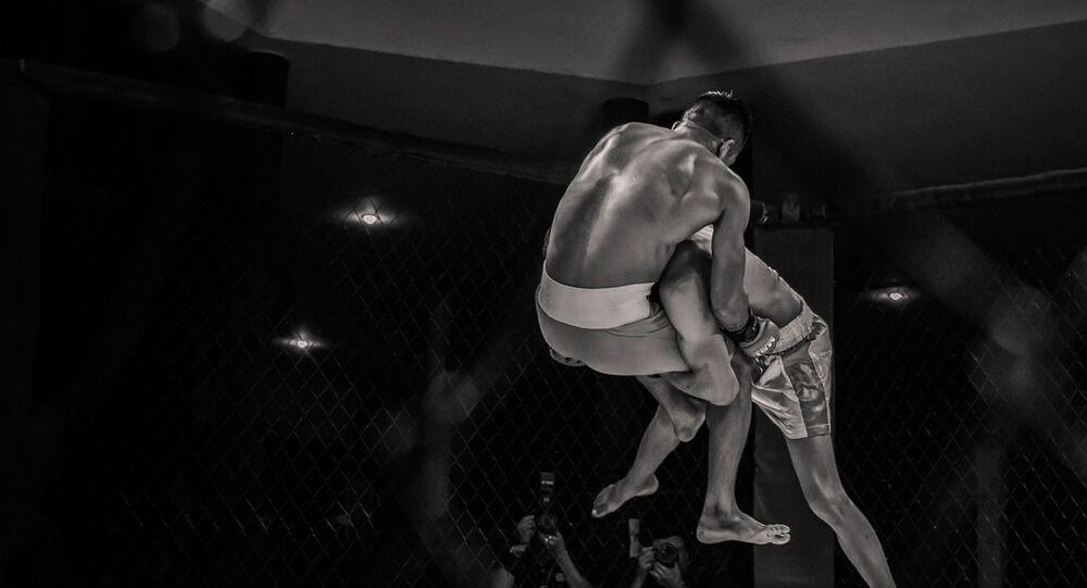 حلبة المصارعة