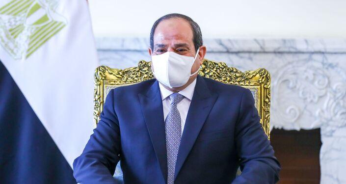 الرئيس المصري عبد الفتاح السيسي يلتقي وزير الخارجية الروسي سيرجي لافروف في القاهرة ، مصر 12 أبريل 2021