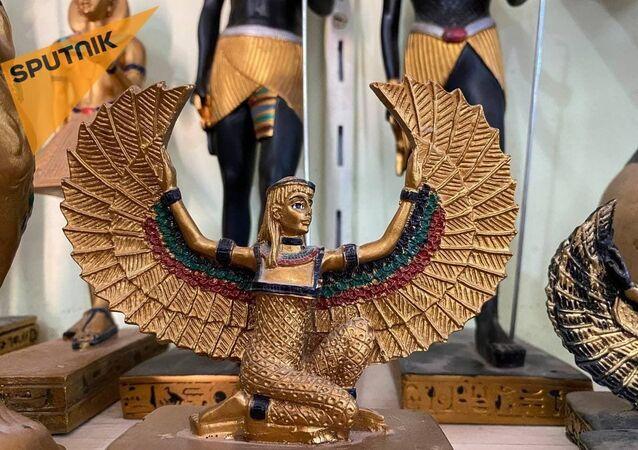 الألباستر المصري... من صناعة أواني قرابين الآلهة إلى تجسيد تماثيلها في مصر القديمة