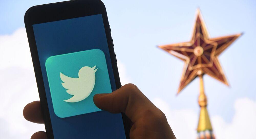 شعار تويتر و الكرملين