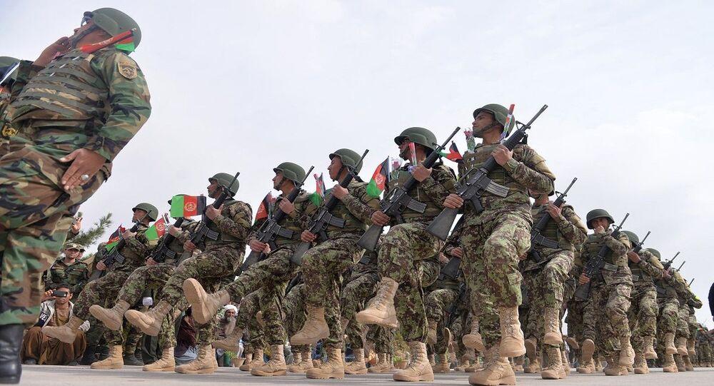 الجيش الأفغاني... جنود يشاركون في تدريبات عسكرية
