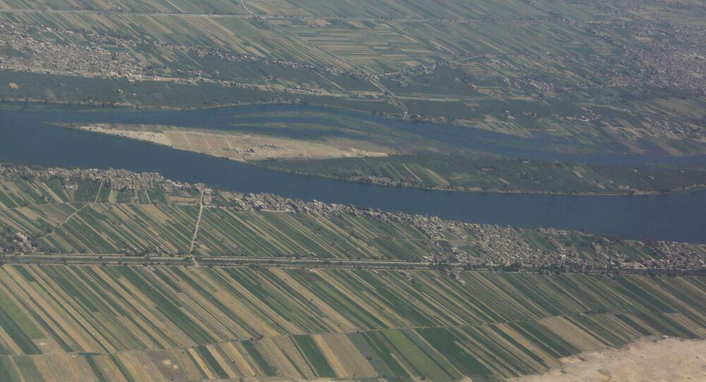 منظر جوي لوادي النيل، الأقصر، جنوب القاهرة، مصر 9 أبريل 2021