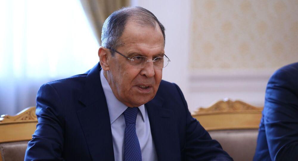 وزير الخارجية الروسي سيرغي لافروف يلتقي مع رئيس الوزراء اللبناني المكلف سعد الحريري في موسكو، روسيا 16 أبريل 2021