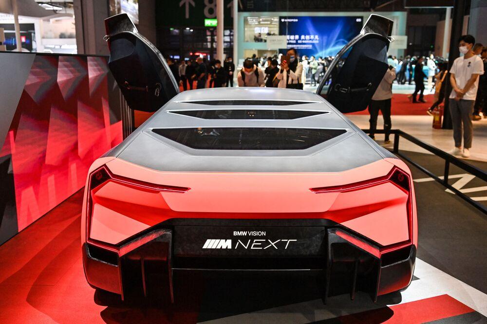 سيارة (BMW Vision Next car) في معرض شنغهاي للسيارات، الصين 19 أبريل 2021