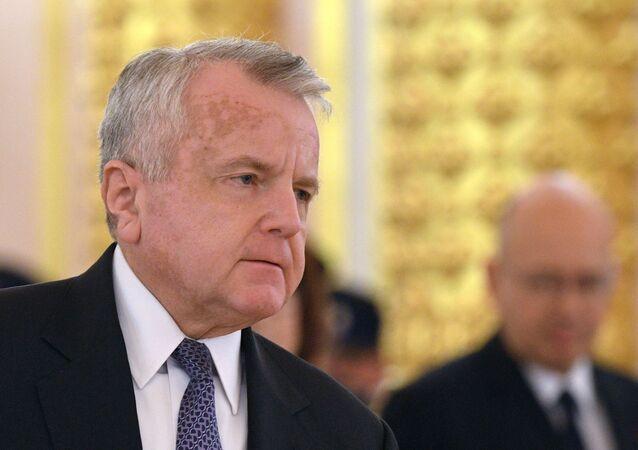 السفير الأمريكي في موسكو، جون ساليفان