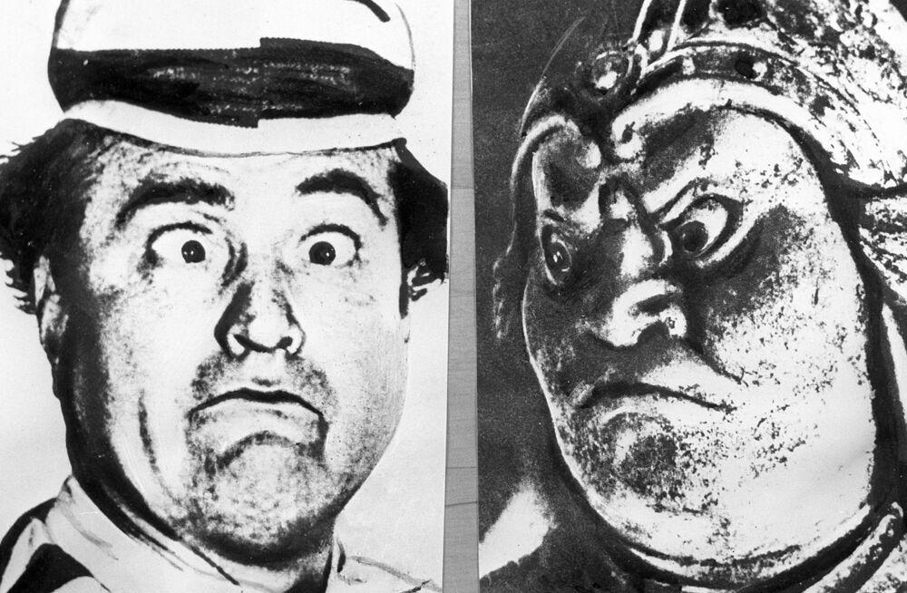 الفنان الكوميدي ريد سكيلتون (يسار) وإله الحرب الياباني في القرن الـ7 (يمين)، 1966