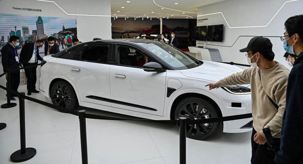 سيارة هواوي إنسايد في معرض صيني