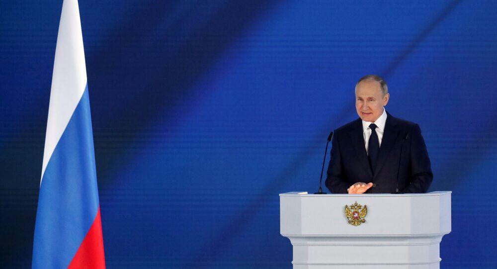 الرئيس الروسي فلاديمير بوتين خلال رسالته السنوية للبرلمان الروسي في موسكو، روسيا 21 أبريل 2021