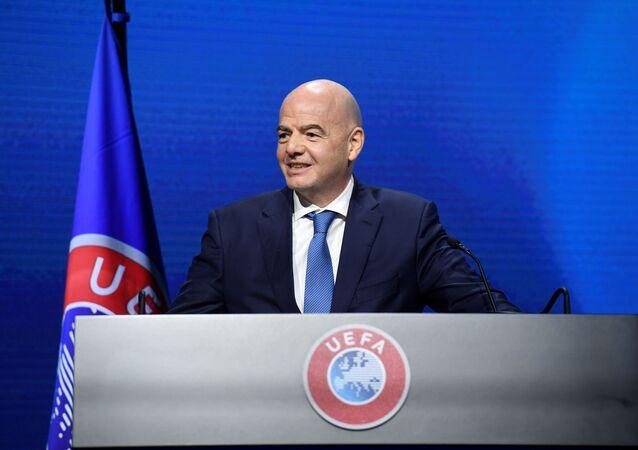 رئيس فيفا جاني إنفانتينيو ، 20 أبريل 2021