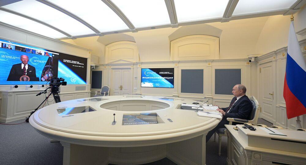 مشاركة الرئيس الروسي فلاديمير بوتين في قمة المناخ على الانترنت