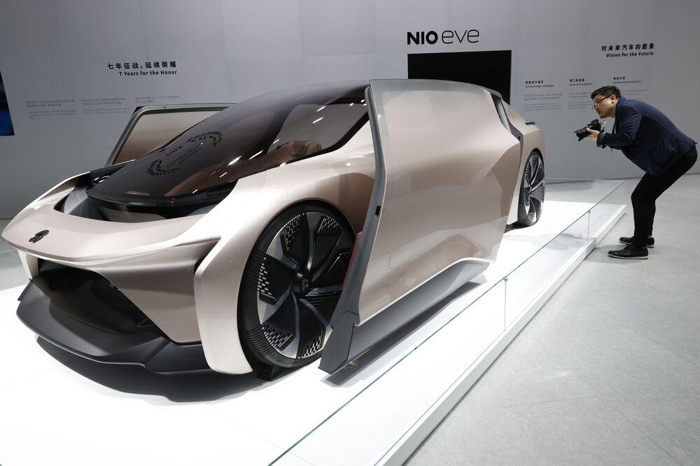نموذج سيارة إلكترونية (NIO eve)  في معرض شنغهاي للسيارات، الصين 19 أبريل 2021