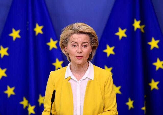 رئيسة المفوضية الأوروبية الألمانية أورسولا فون دير لاين، أبريل 2021