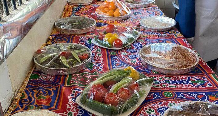 طعام معد للإفطار خلال شهر رمضان في سجن مصري، 24 نيسان/ أبريل 2021