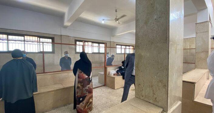 الزيارات داخل أحد السجون المصرية، 24 نيسان/ أبريل 2021