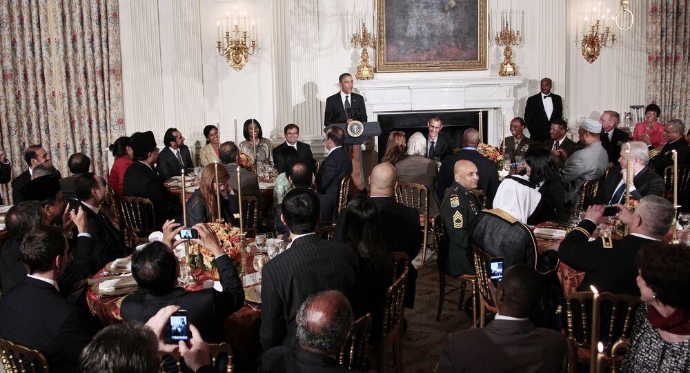 إفطار للمسلمين في غرفة الطعام بالبيت الأبيض في واشنطن 2011