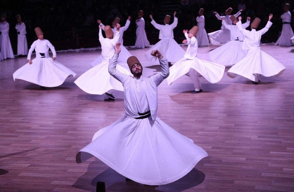 رقصة الدراويش رقصة سيما، رقص صوفي تقليدي في تركيا