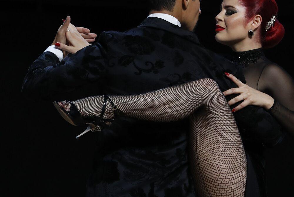 رقصة التانغو في بوينس آيرس، الأرجنتين