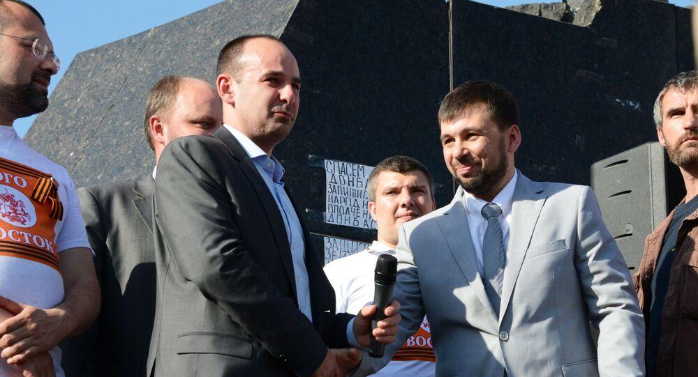 رئيس جمهورية دونيتسك الشعبية المعلنة من جانب واحد دينيس بوشيلين