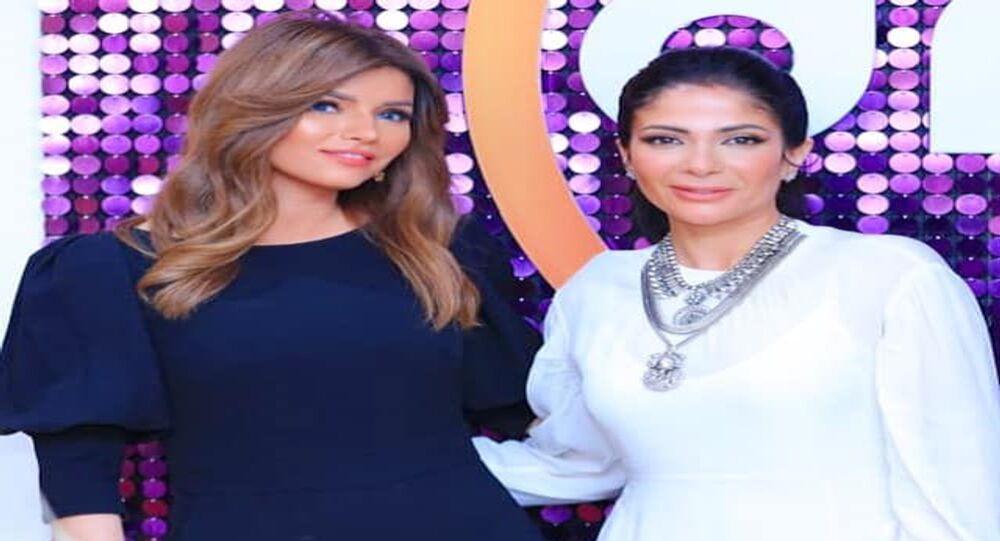 الفنانة منى زكي مع الإعلامية المصرية إيمان الحصري