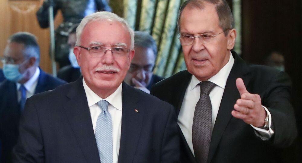لقاء وزير الخارجية الروسي سيرغي لافروف مع نظيره الفلسطيني رياض المالكي في موسكو، روسيا 5 مايو 2021