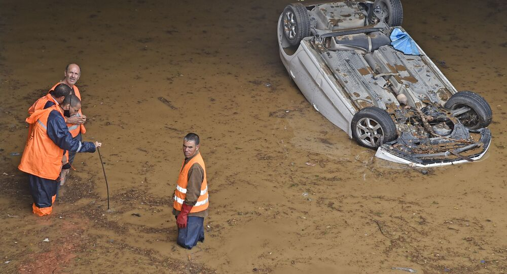 فيضانات الجزائر