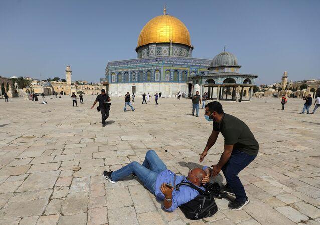 أحداث - الشيخ جراح - اشتباكات بين الجانبين الفلسطيني والإسرائيلي، ساحة الأقصى، مسجد قبة الصخرة، فلسطين 10 مايو 2021