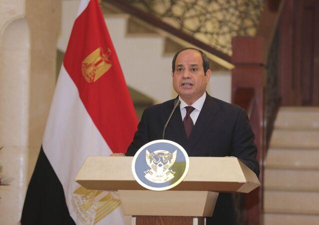 الرئيس المصري عبد الفتاح السيسي في القصر الرئاسي في الخرطوم، السودان، 6 مايو 2021