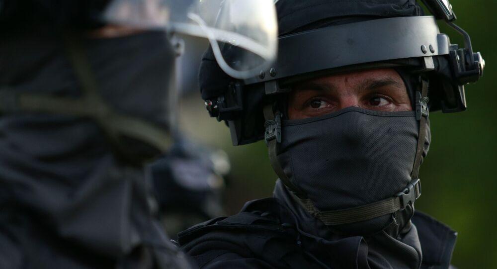 انتشار قوات الأمن الإسرائيلي في مدينة تل أبيب إثر التصعيد العسكري بين قطاع غزة و إسرائيل، 11 مايو 2021