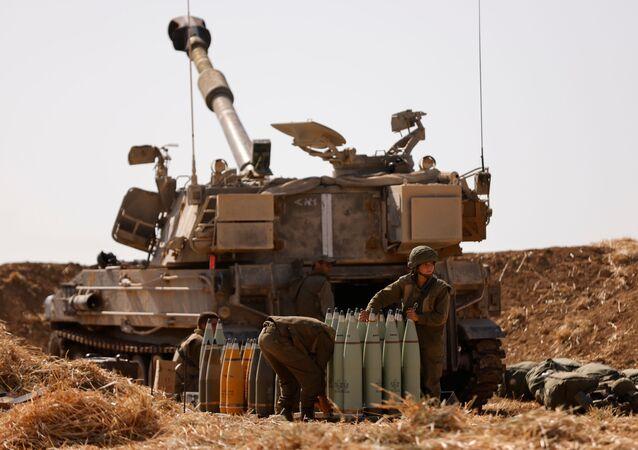 الجنود الإسرائيليون على الحدود مع قطاع غزة، فلسطين، إسرائيل 12 مايو 2021