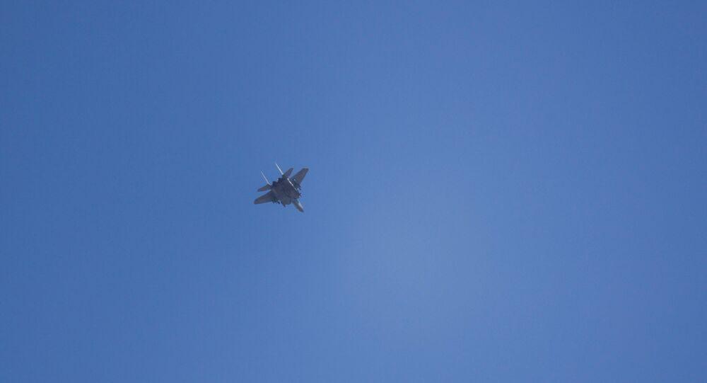 الطيران الحربي الإسرائيلي بالقرب من عسقلان، غلاف غزة، فلسطين، إسرائيل 11 مايو 2021