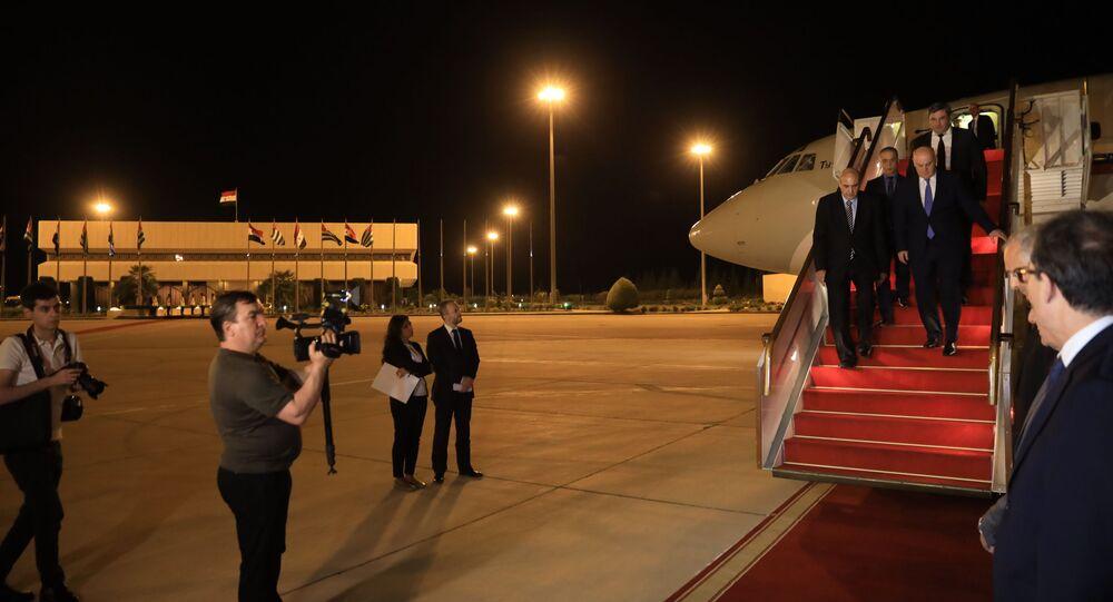 لحظة وصول رئيس أبخازيا إلى دمشق