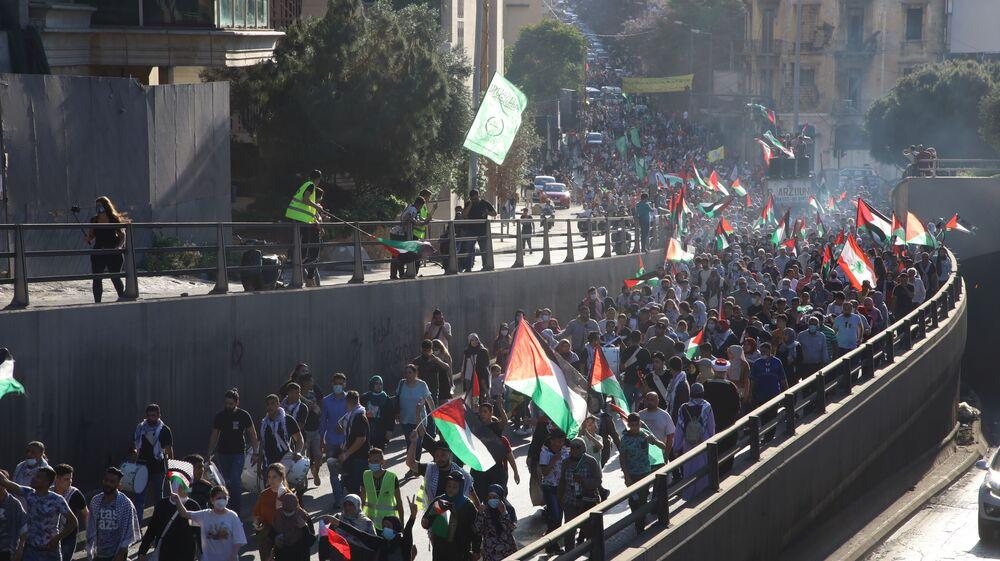 مسيرة شعبية حاشدة في بيروت دعماً للشعب الفلسطيني وتنديدا بالعدوان الإسرائيلي على غزة، لبنان 18 مايو 2021
