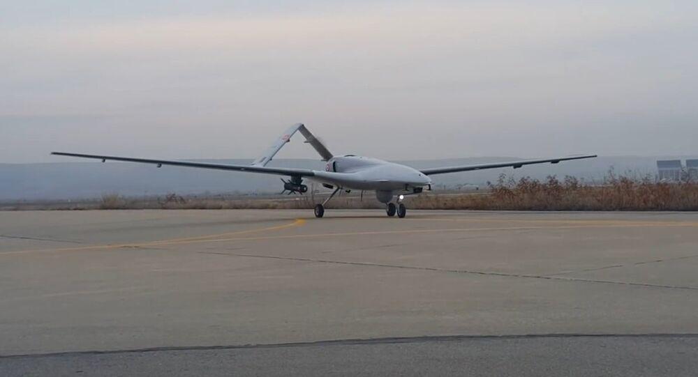 الطائرة المسيرة التركية بايراكتار