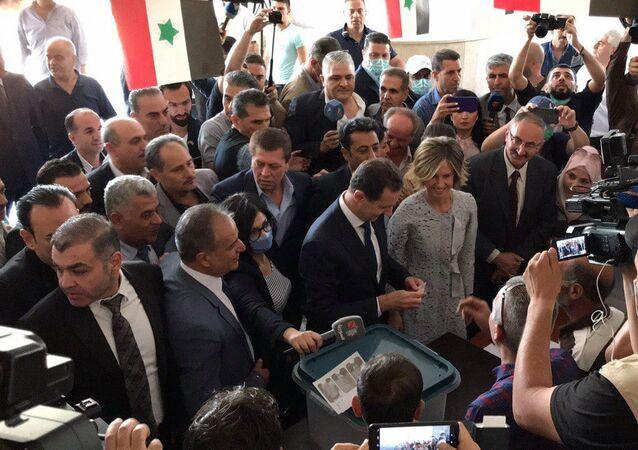 الأسد ينتخب في مدينة دوما بريف دمشق
