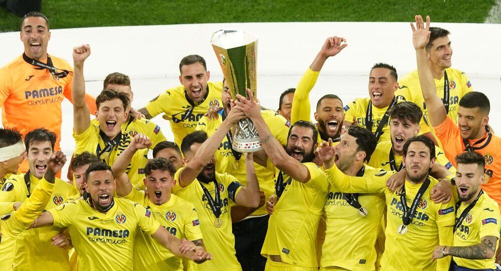 فياريال يتوج بلقب الدوري الأوروبي