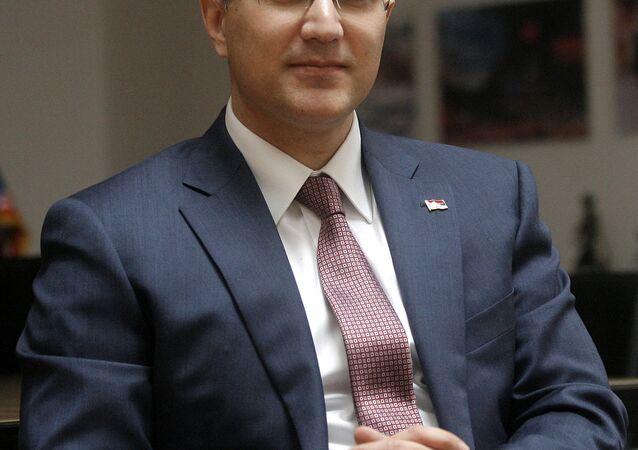 وزير الدفاع الصربي نبویشا ستفانوفيتش