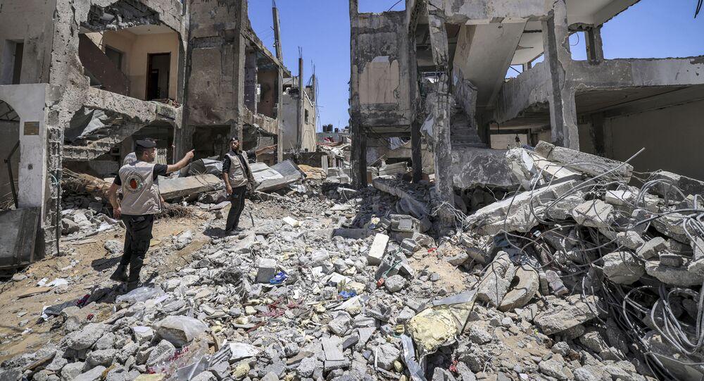 إزالة القنابل في قطاع غزة