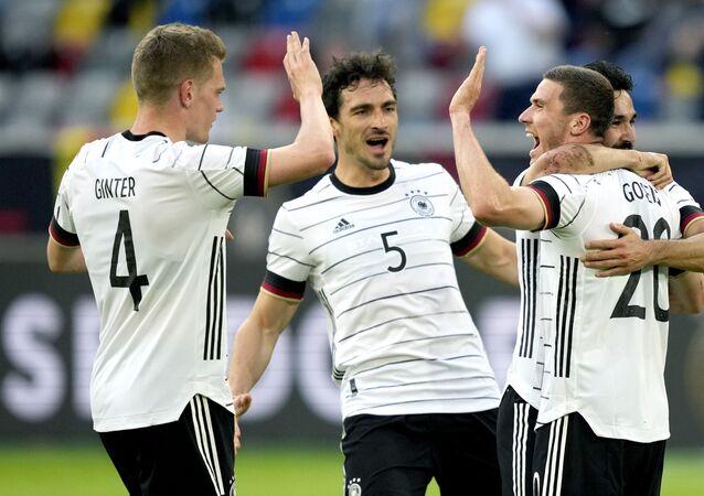 مباراة ألمانيا ولاتفيا