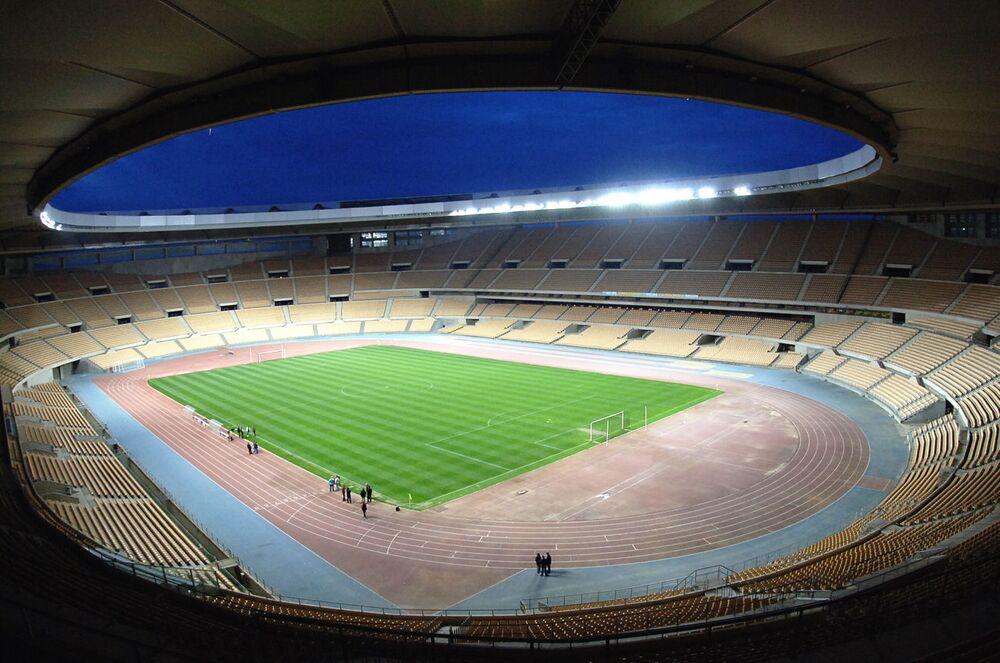 الملعب الأولمبي لا كارتوخا في إشبيلية، إسبانيا