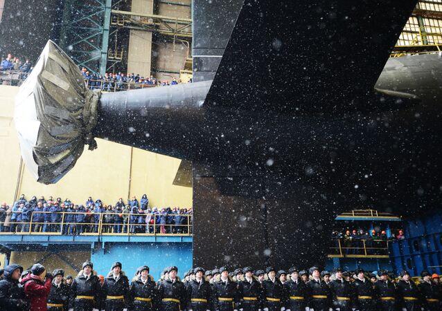 حفل إطلاق غواصة كازان التي تعمل بالطاقة النووية التابعة للبحرية الروسية في سيفيرودفينسك.