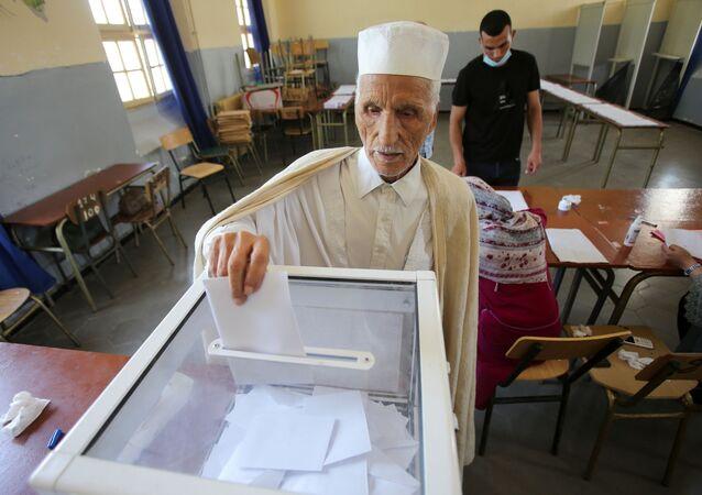 انتخابات البرلمان في الجزائر