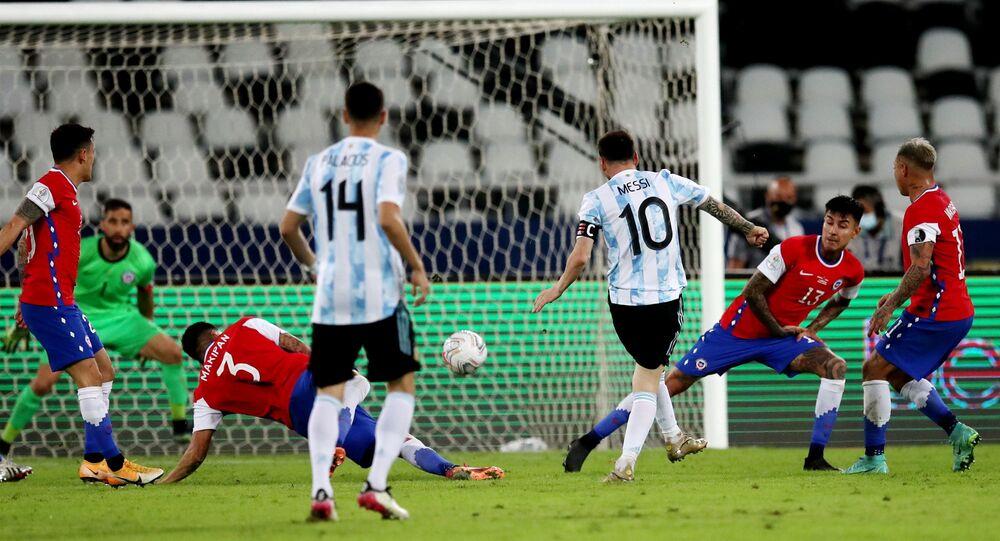 هدف ميسي مباراة الأرجنتين وتشيلي