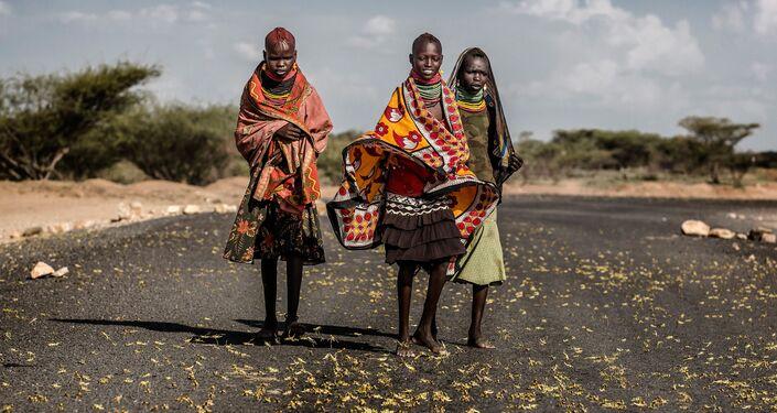 صورة طاعون الجراد في شرق إفريقيا للمصور الإسباني لويس تاتو
