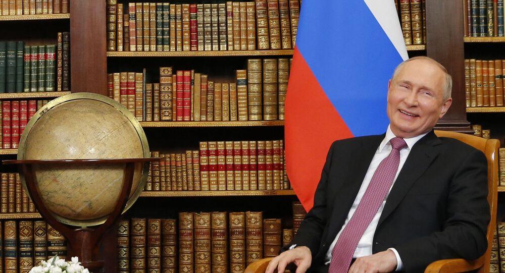 فلاديمير بوتين في قمة جنيف مع بايدن
