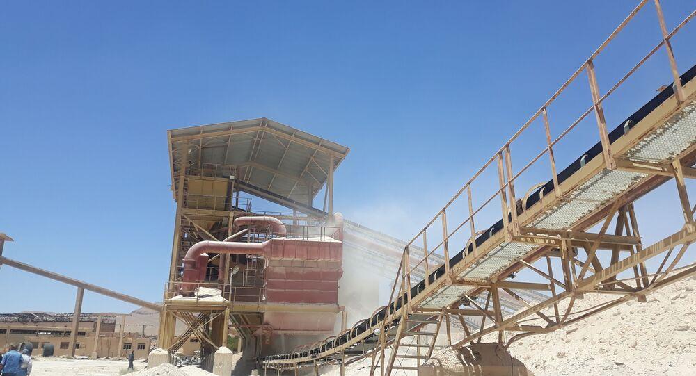 مصنع خنيفيس للفوسفات وسط سوريا